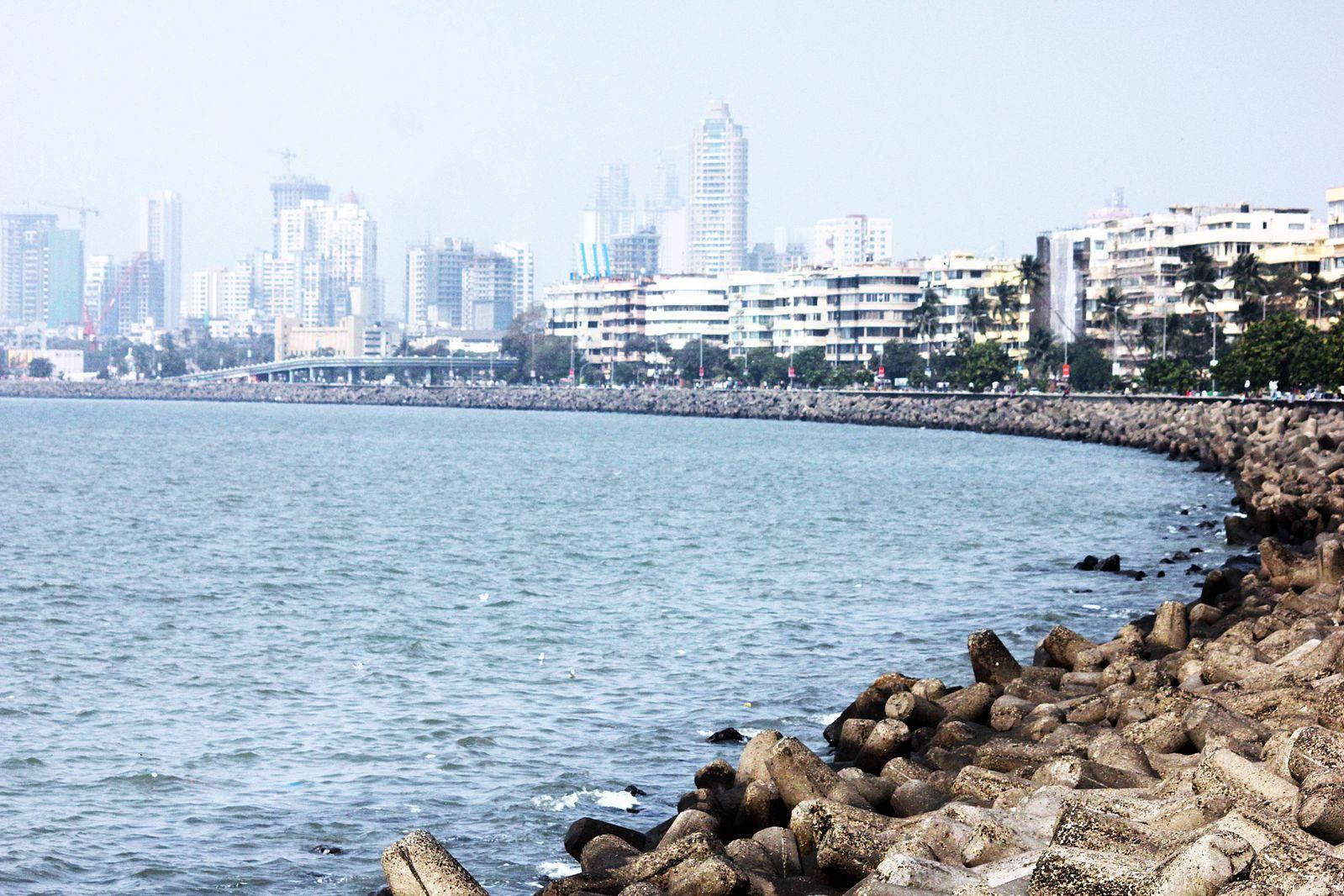 marine_drive_queens_necklace_mumbai